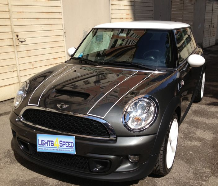 Bonnet stripes solo borbo su MCS r56