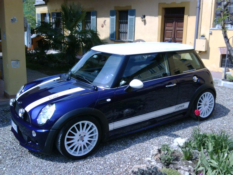 Kit aero JCW su cooper r50 con  side stripes laterali