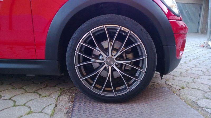 dettaglio OZ racing 150 Italia su mini R56